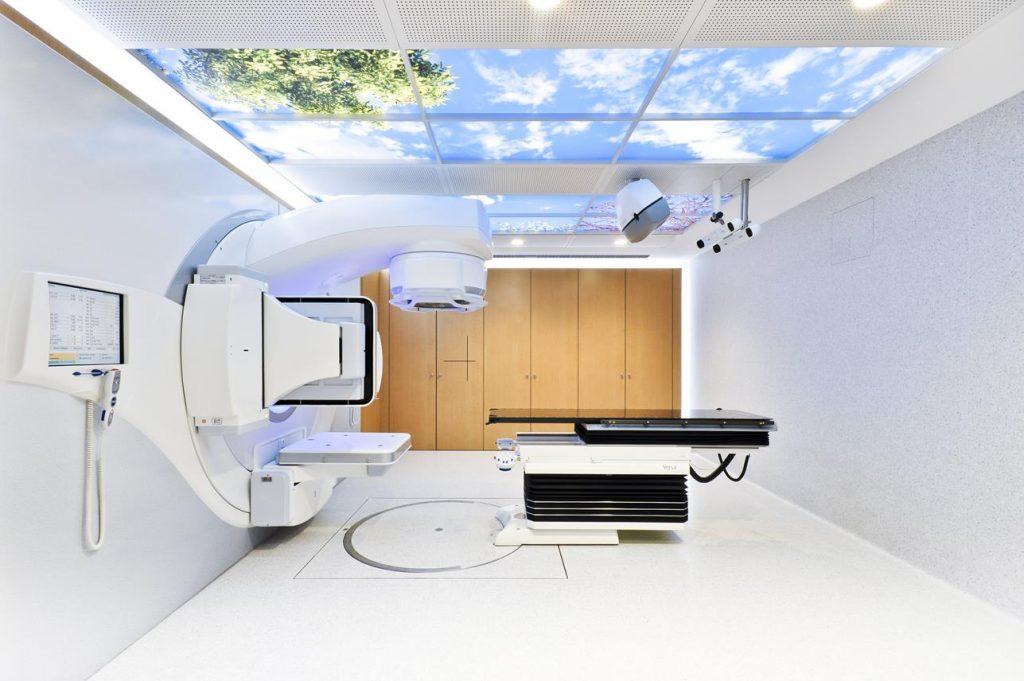 Acelerador lineal y oncología CUN Arquitectura sanitaria Otxotorena arquitectos 01