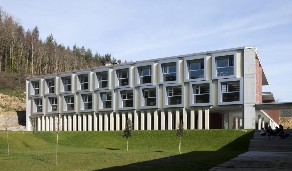 Colegio Ayalde Arquitectura docente Otxotorena arquitectos 01