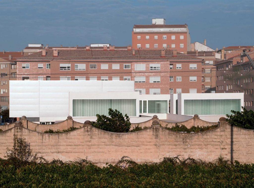 ARQUITECTURA DOCENTE - GUARDERÍA Y LUDOTECA EN TAFALLA, 2003
